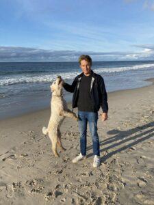 Der regelmäßige Hundespaziergang am Strand wird Claas Fricke fehlen (Foto: Alexandra Fricke)